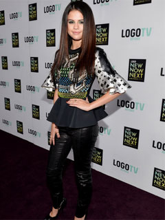 Selena Gomez Triple Play Logo NewNowNext Awards 2013
