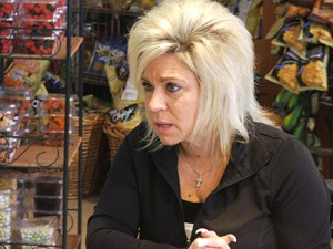 "Long Island Medium Season 4 recap of ""The Gambler"""