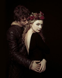 Rebecca Ferguson Max Irons The White Queen Starz