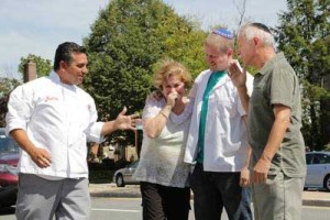 Bakery Boss on TLC features Cake Boss' Buddy Valastro