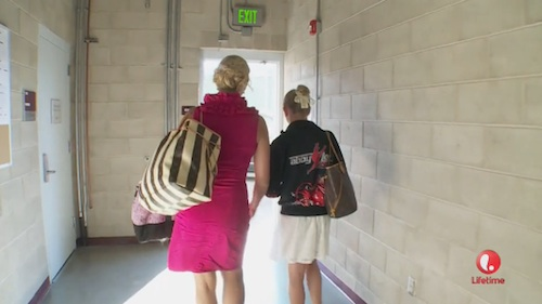 dance-moms-finale-christi-chloe-leave