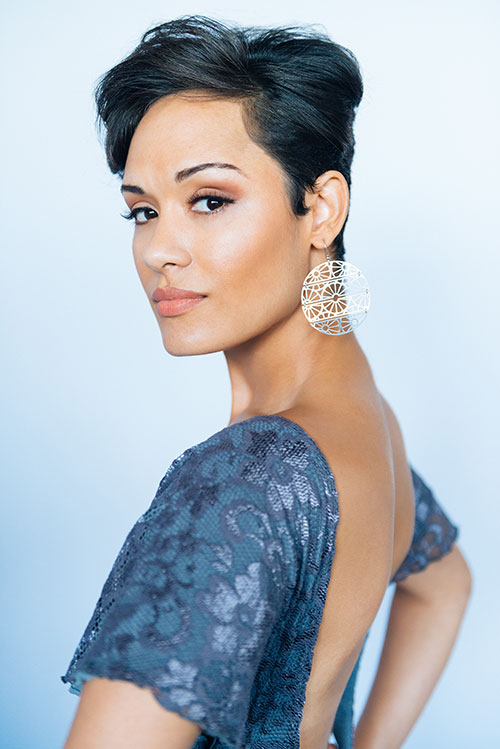 Grace Gealey Nude Photos 19