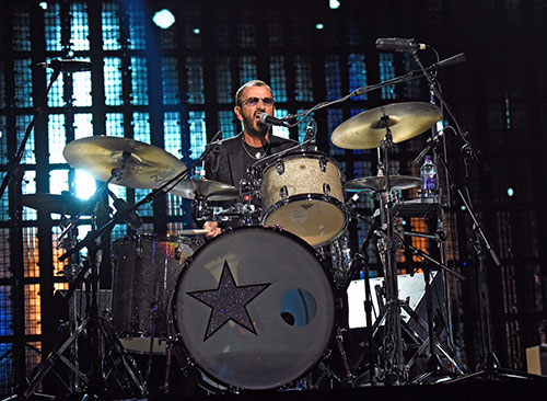 ringo-starr-2015-rock-and-roll-hall-of-fame-induction-ceremony