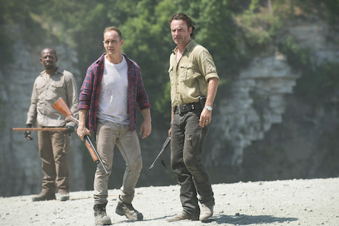walking-dead-season-6-episode-1-morgan-carter-rick