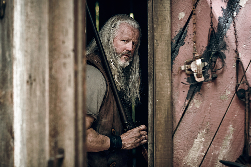Outsiders on WGN America