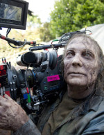 walking-dead-season-6-nicotero-walker-camera
