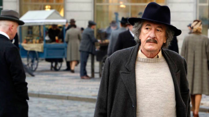 Geoffrey Rush as Albert Einstein in Nat Geo's Genius