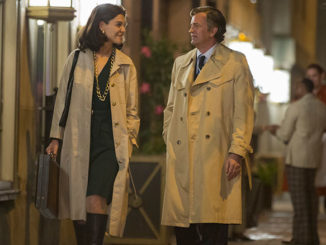 Katie Holmes Matthew Perry star in The Kennedys After Camelot